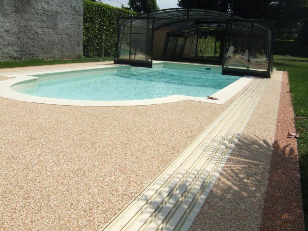 Plage piscine revetement - Revetement ideal pourtour de piscine ...