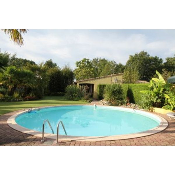 plage piscine ronde