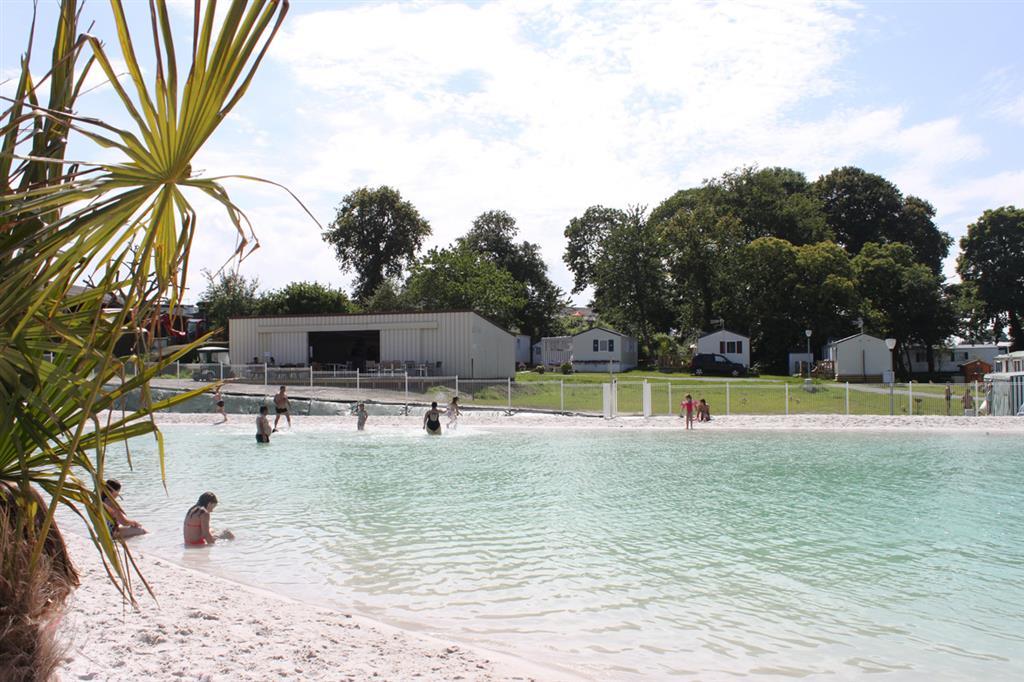 Plage piscine sable - Camping a mimizan plage avec piscine ...