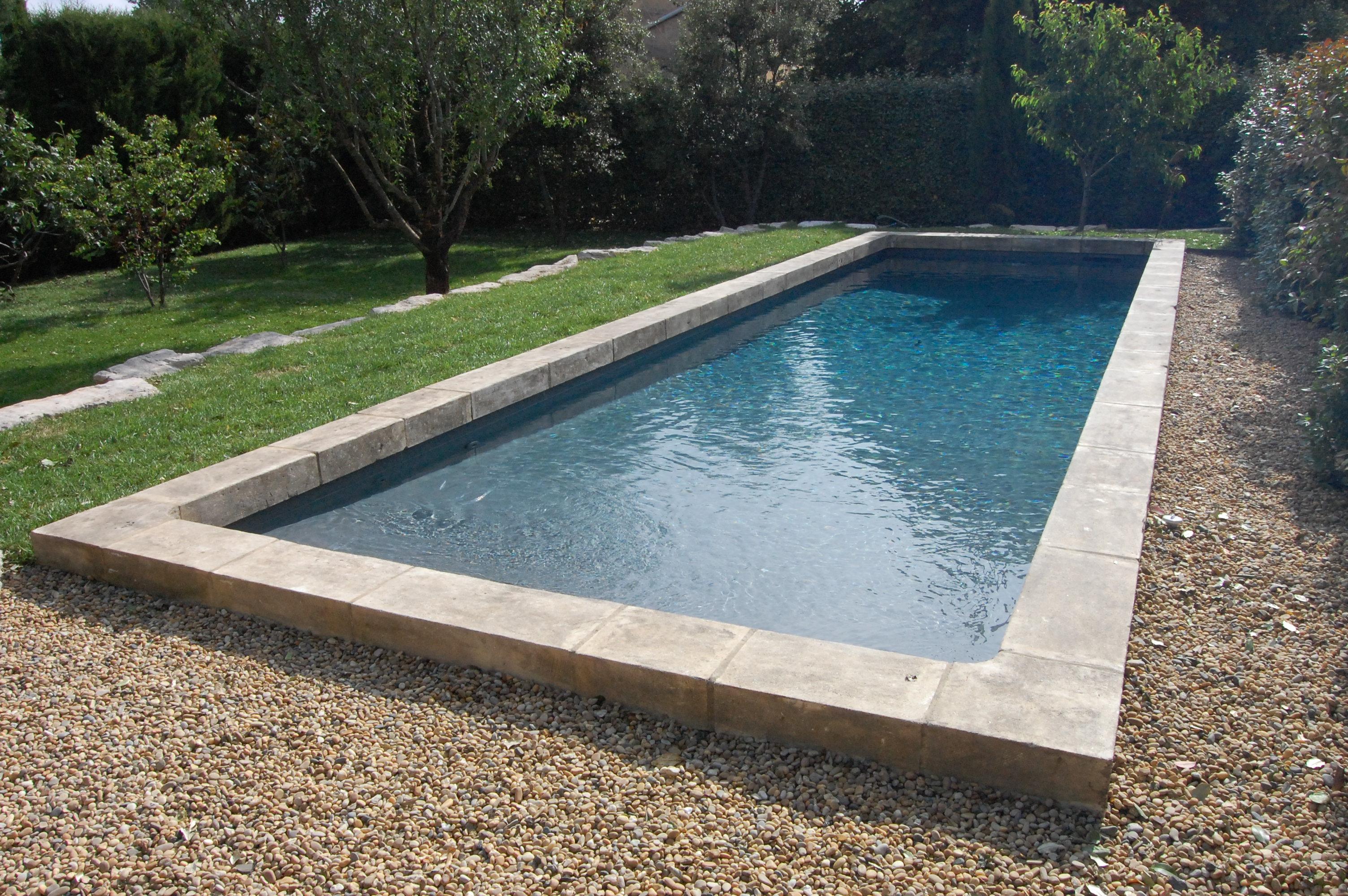 plage piscine sur gravier. Black Bedroom Furniture Sets. Home Design Ideas