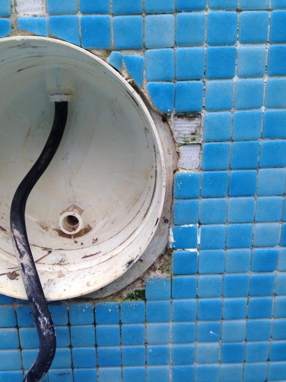 projecteur piscine etancheite
