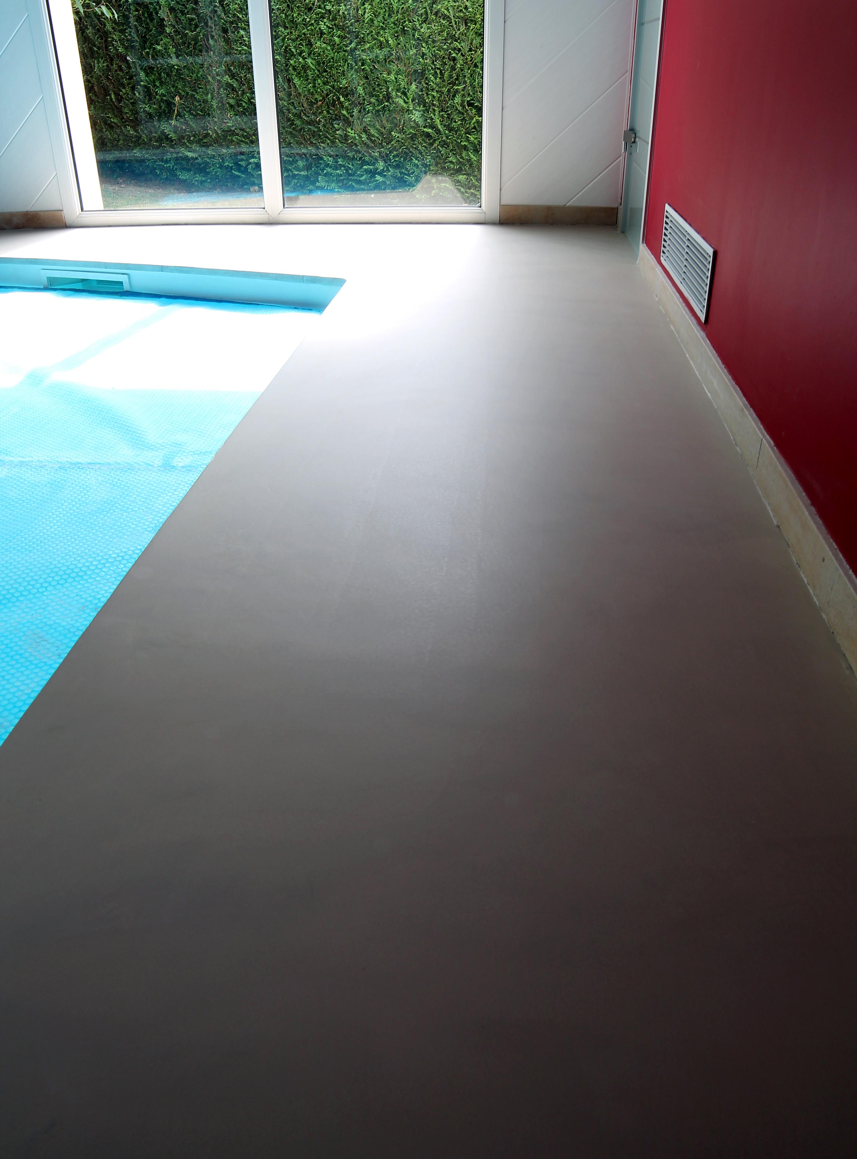 Terrasse piscine beton cire Revetement piscine beton cire