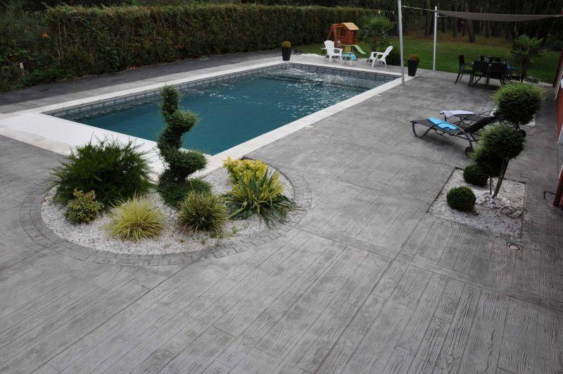 terrasse piscine beton imprime. Black Bedroom Furniture Sets. Home Design Ideas