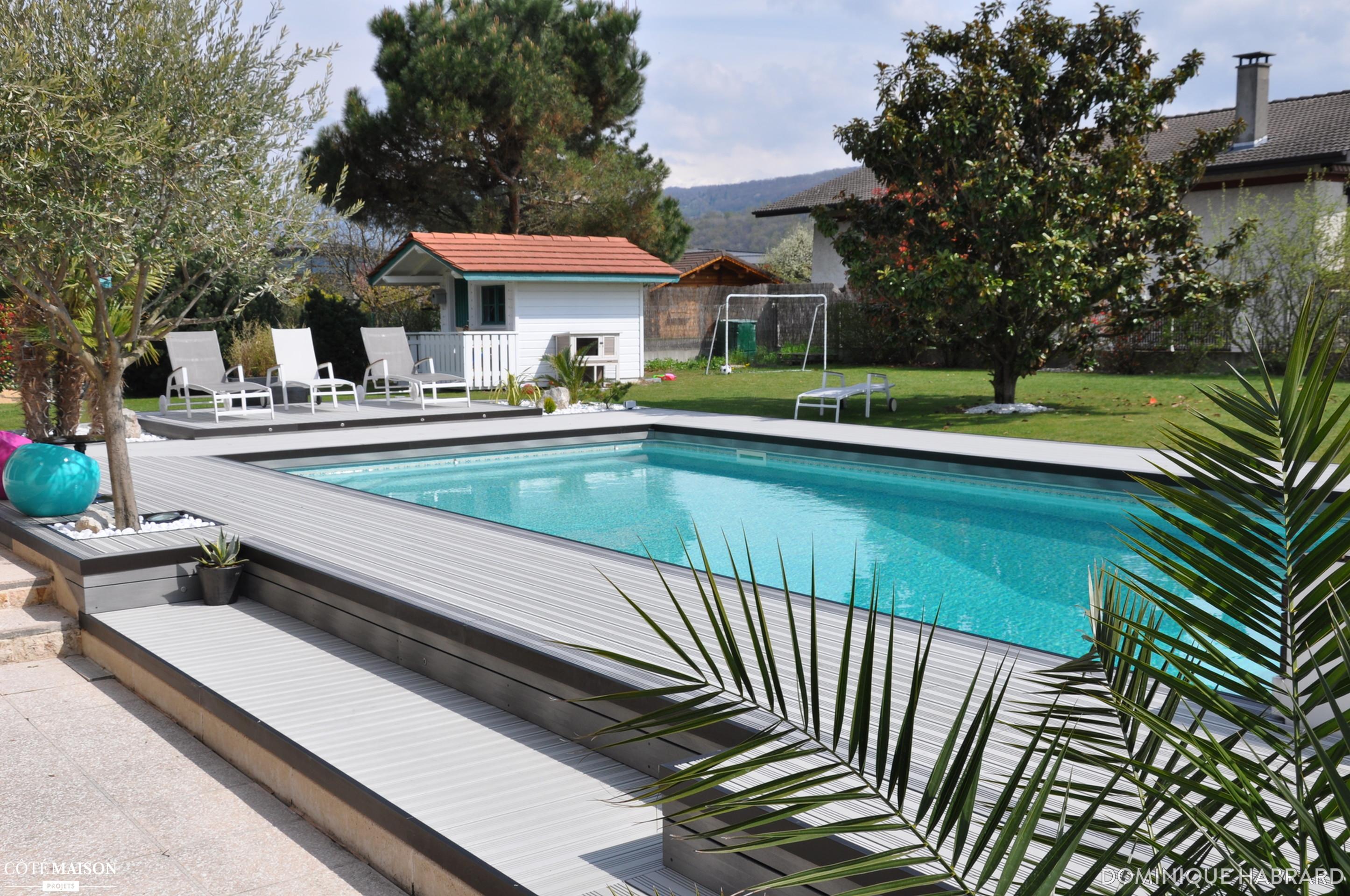Terrasse piscine bois composite gris - Terrasse autour piscine ...