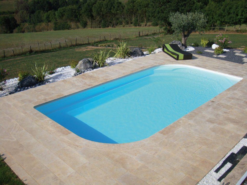 terrasse piscine carrelage sans margelle