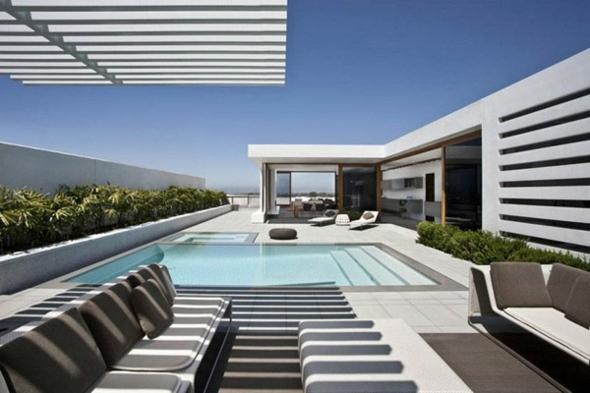 terrasse piscine contemporaine