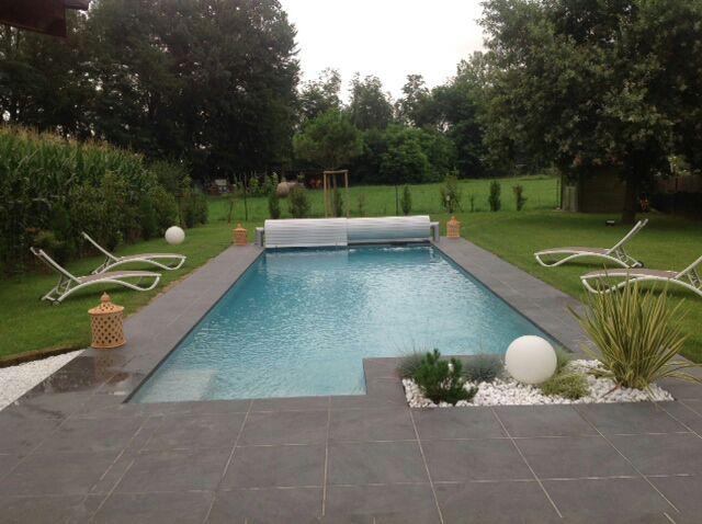 terrasse piscine dalle sur plot. Black Bedroom Furniture Sets. Home Design Ideas