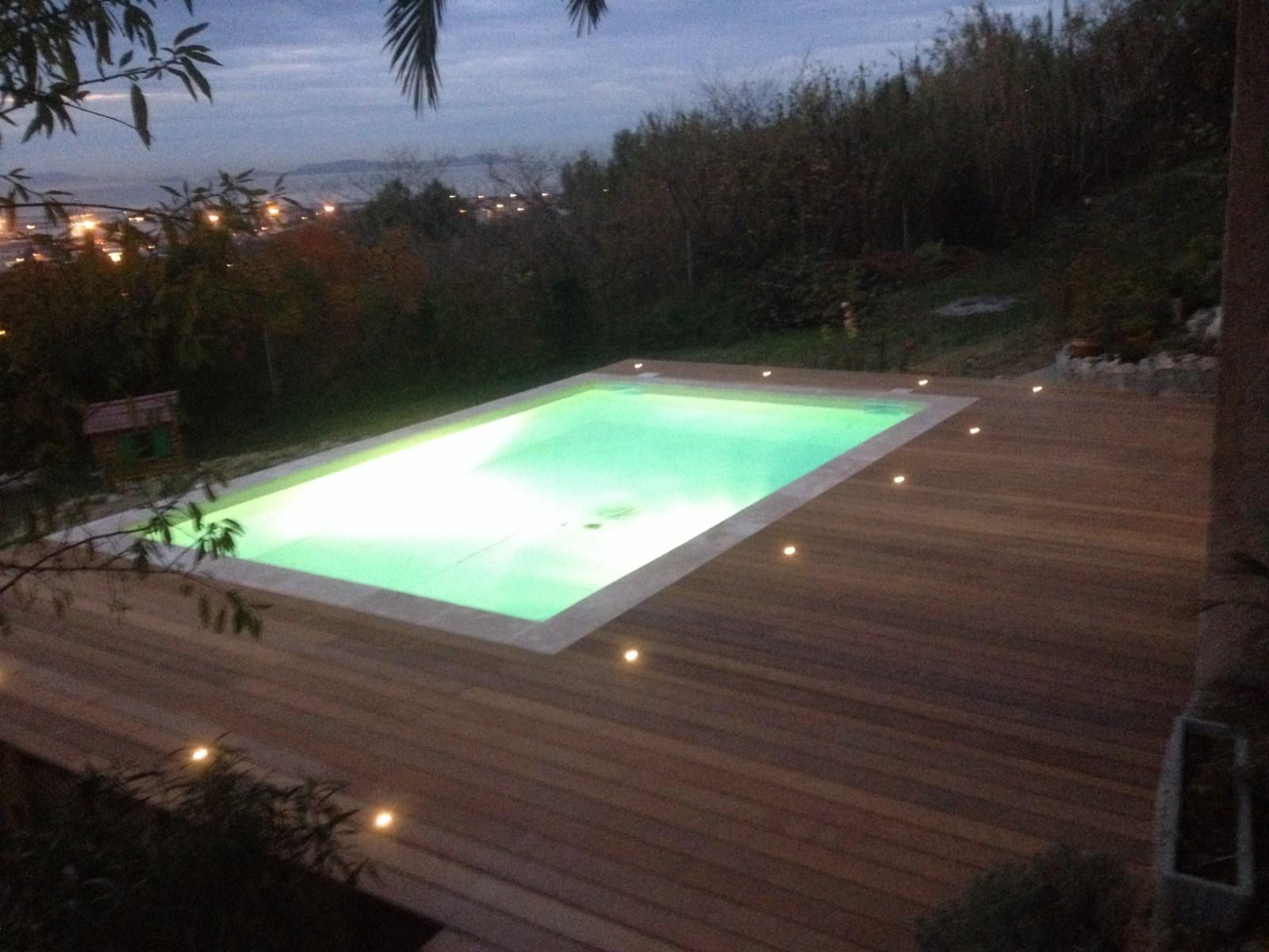 terrasse piscine deck. Black Bedroom Furniture Sets. Home Design Ideas