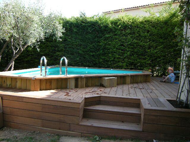 terrasse piscine hors sol. Black Bedroom Furniture Sets. Home Design Ideas
