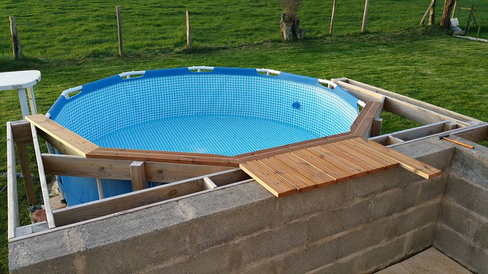 terrasse piscine intex
