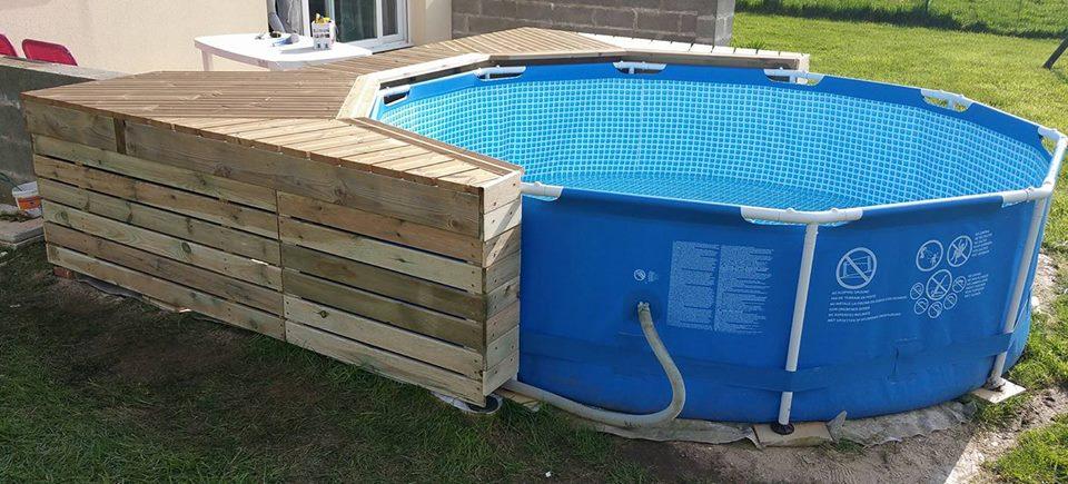 terrasse piscine intex. Black Bedroom Furniture Sets. Home Design Ideas