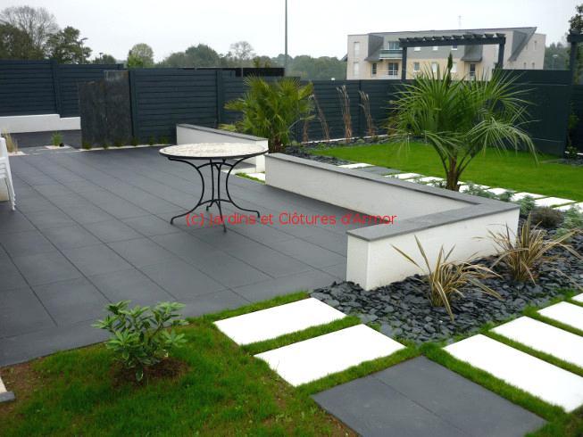 terrasse piscine mixte bois et dalles