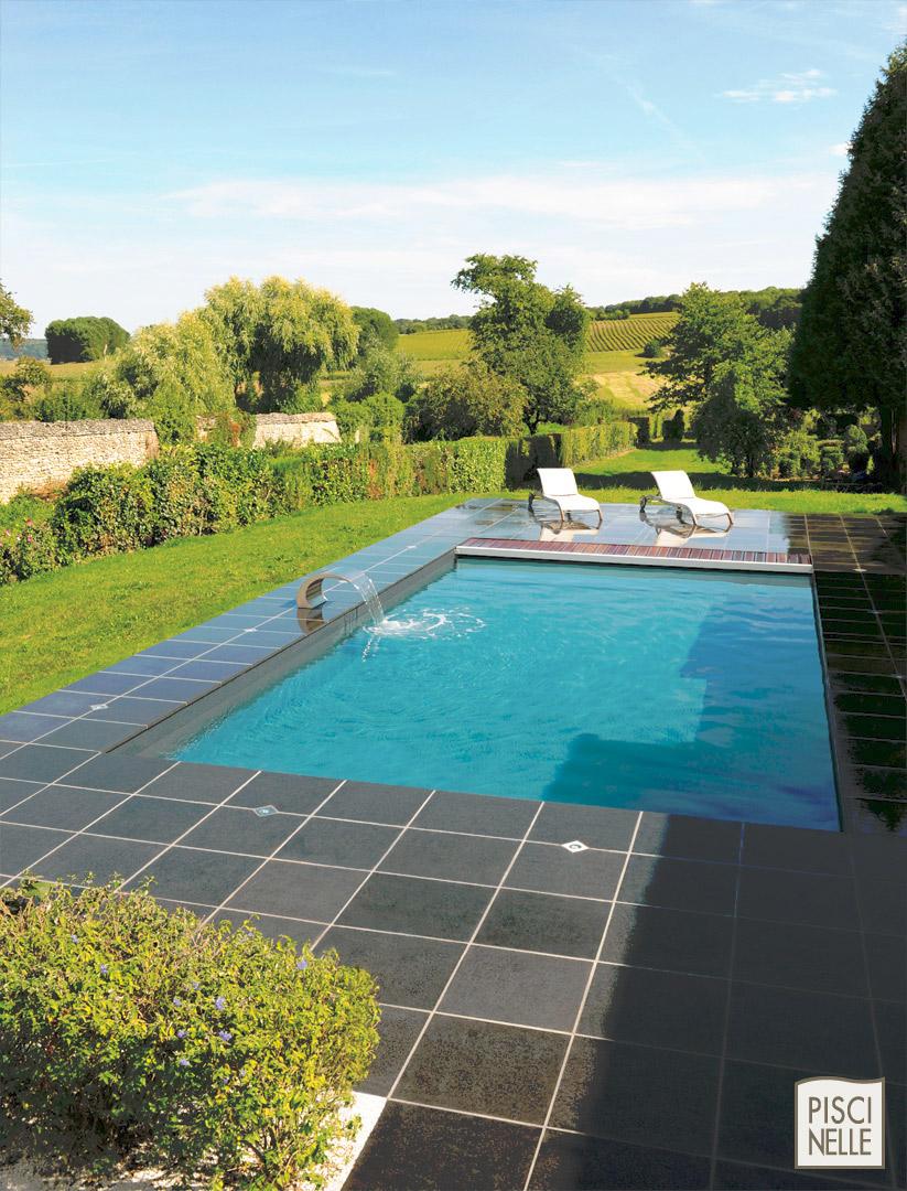 terrasse piscine noire