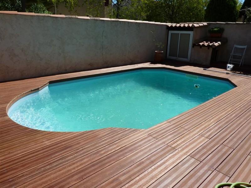 terrasse piscine parquet