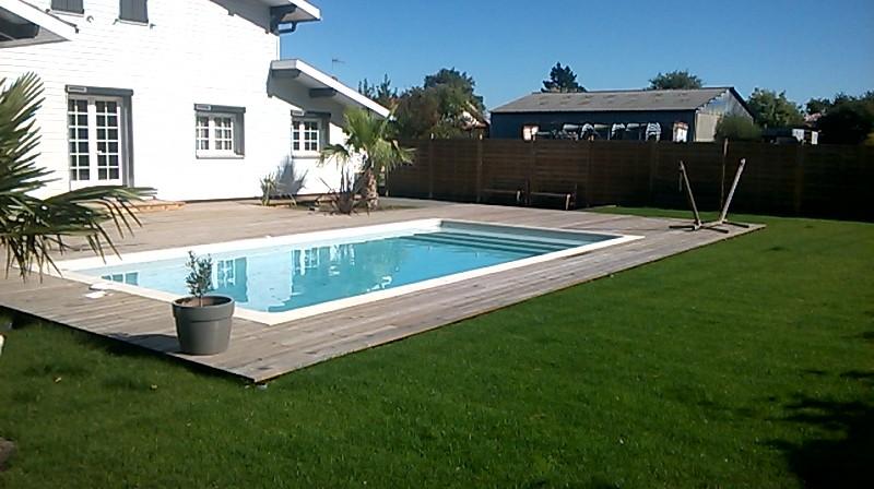 Terrasse piscine pas cher - Amenagement terrasse piscine ...