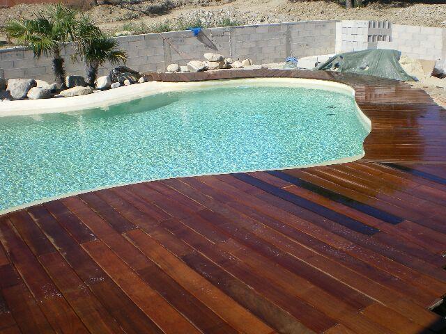 Terrasse piscine quel bois - Quel bois pour terrasse piscine ...