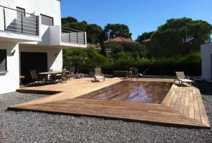 terrasse piscine retractable