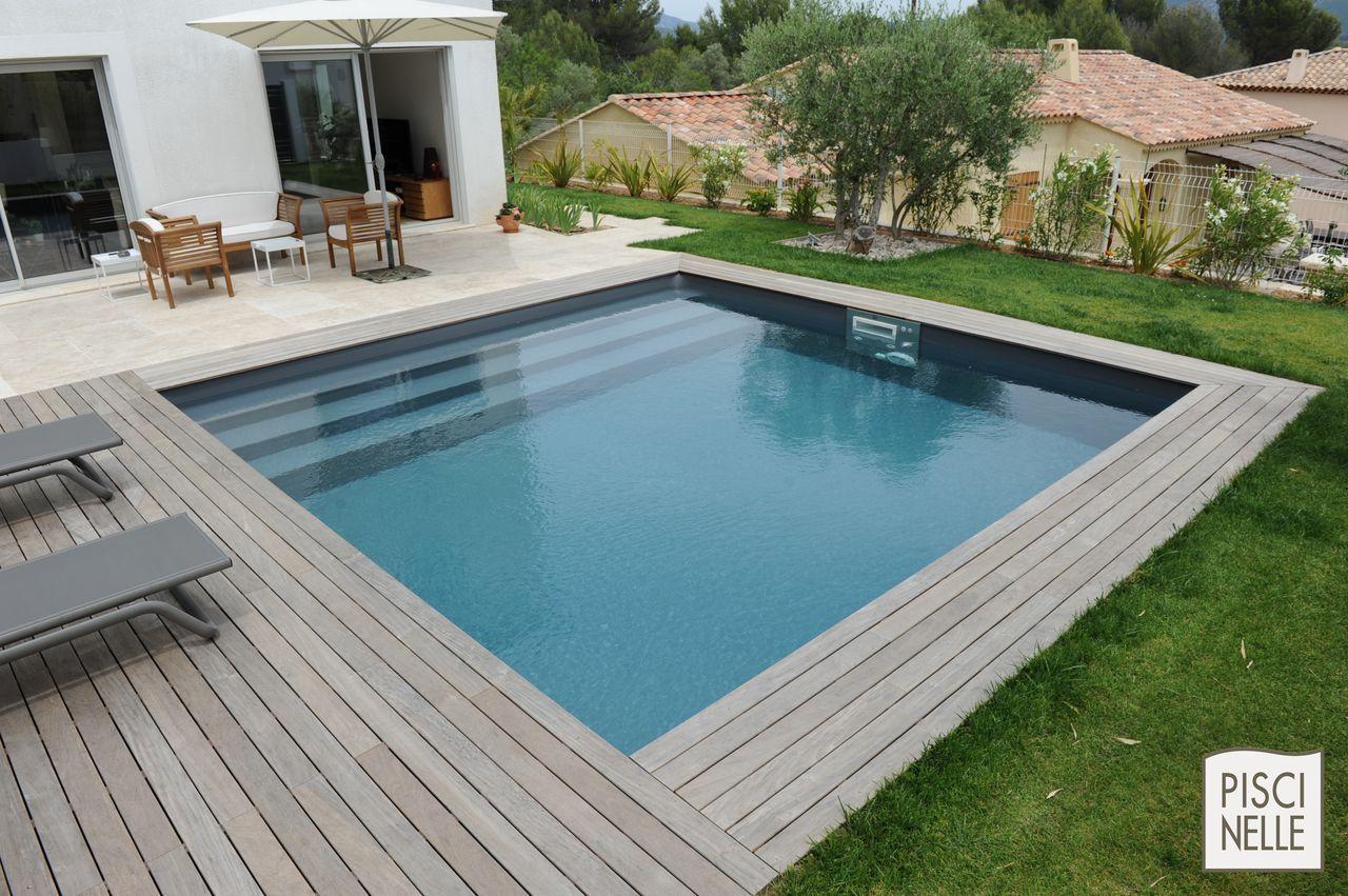 amenagement piscine carree