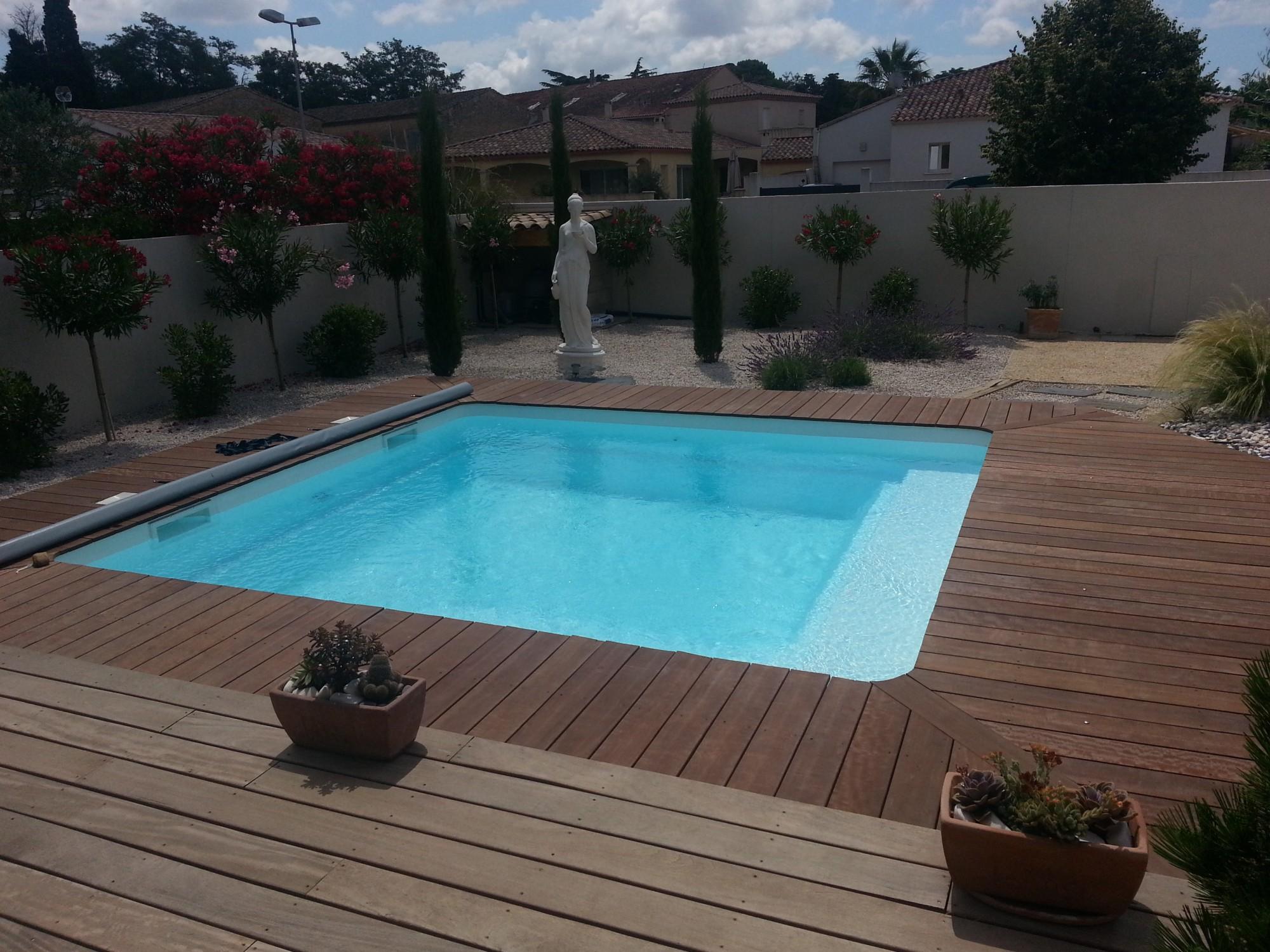 amenagement piscine coque