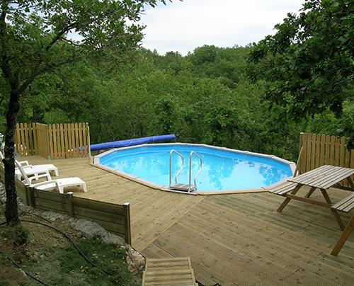 amenagement piscine hors terre ovale
