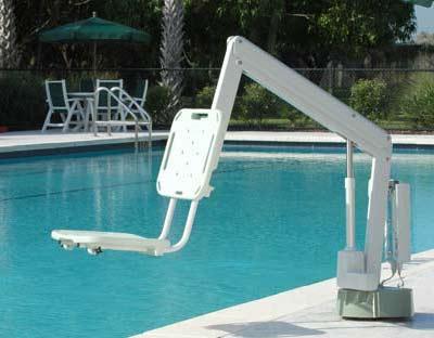 amenagement piscine pour handicape