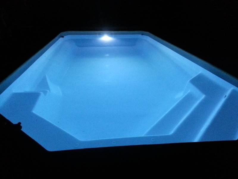 eclairage piscine coque