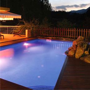 eclairage piscine multicolor