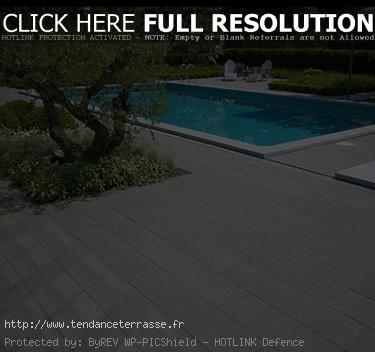 plage piscine dalle ou carrelage