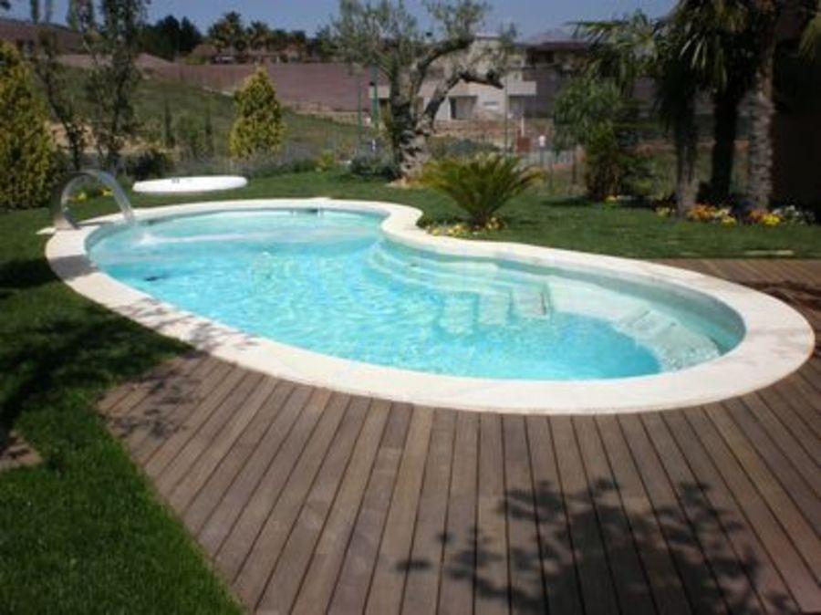 plage piscine haricot