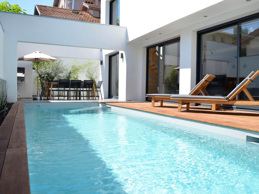 plage piscine vacances