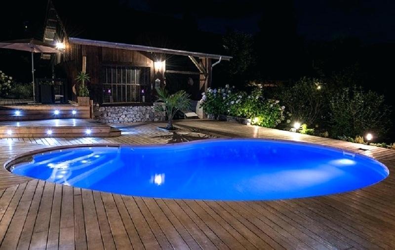 projecteur piscine castorama
