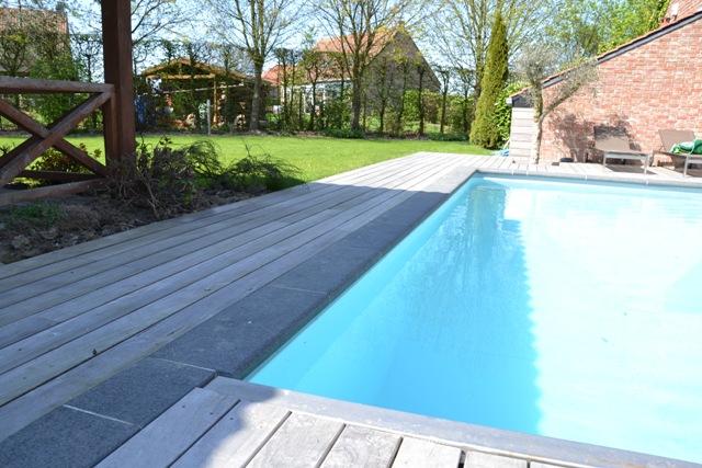 terrasse piscine padouk